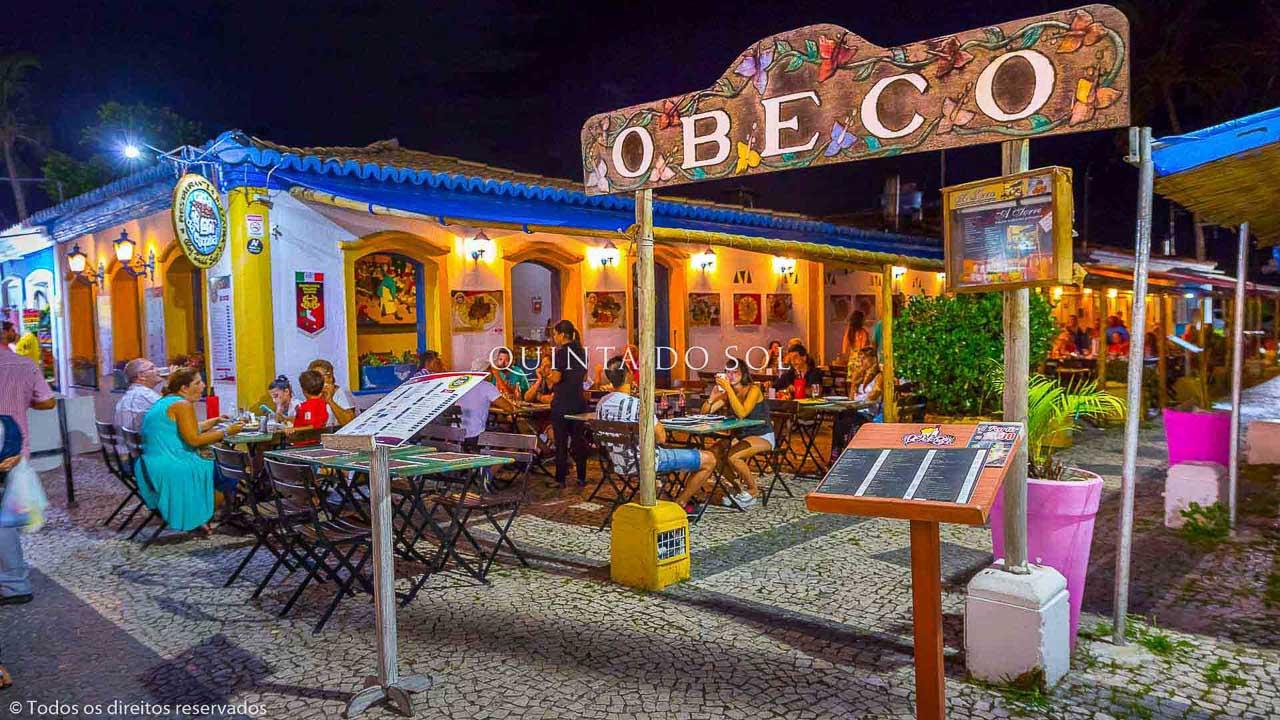Restaurantes na Passarela do Álcool