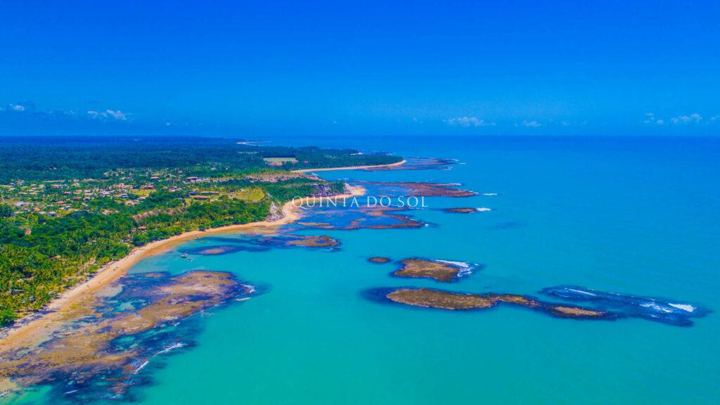 Praia do Espelho mar azul