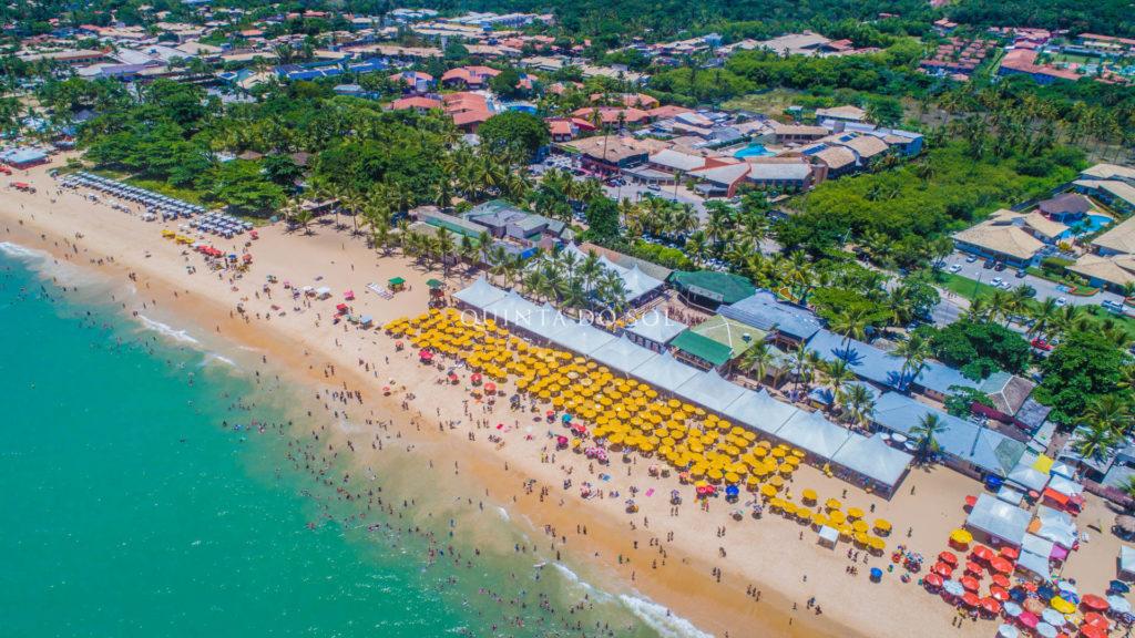 Praia de Taperapuan estrutura e conforto