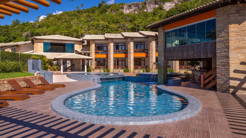 Piscina do Quinta do sol Praia Hotel pela tarde