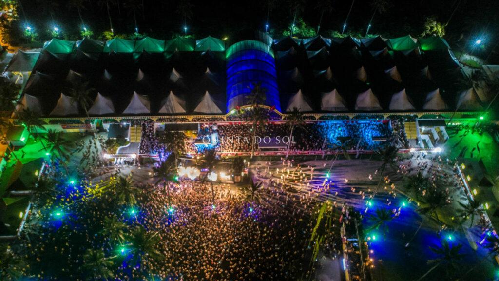 Arena Axé Moi pela noite