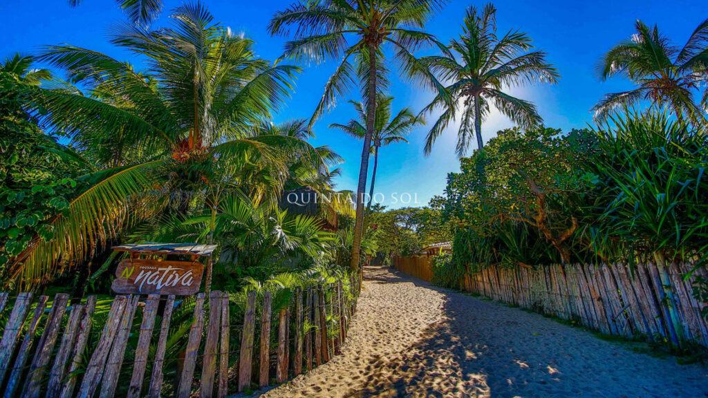 Ruas de areia em Caraíva.